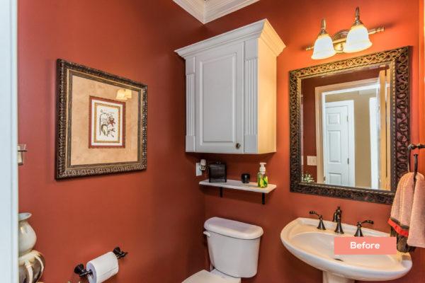 Taylor Glan Bathroom before - Occupied